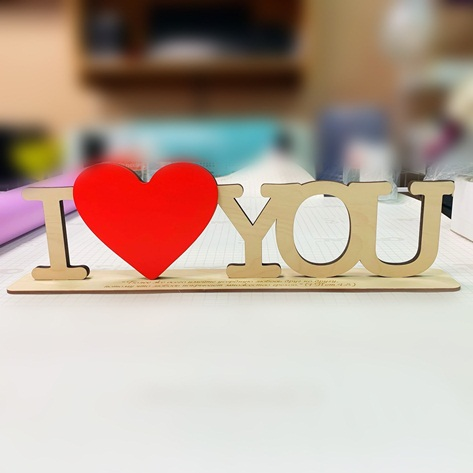 Placa em MDF Enfeite de Mesa Love You